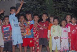 Potong Tumpeng Anak-anak DTA Daarul Ilmi